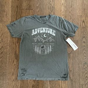 NWT Vici Distressed Graphic T-Shirt